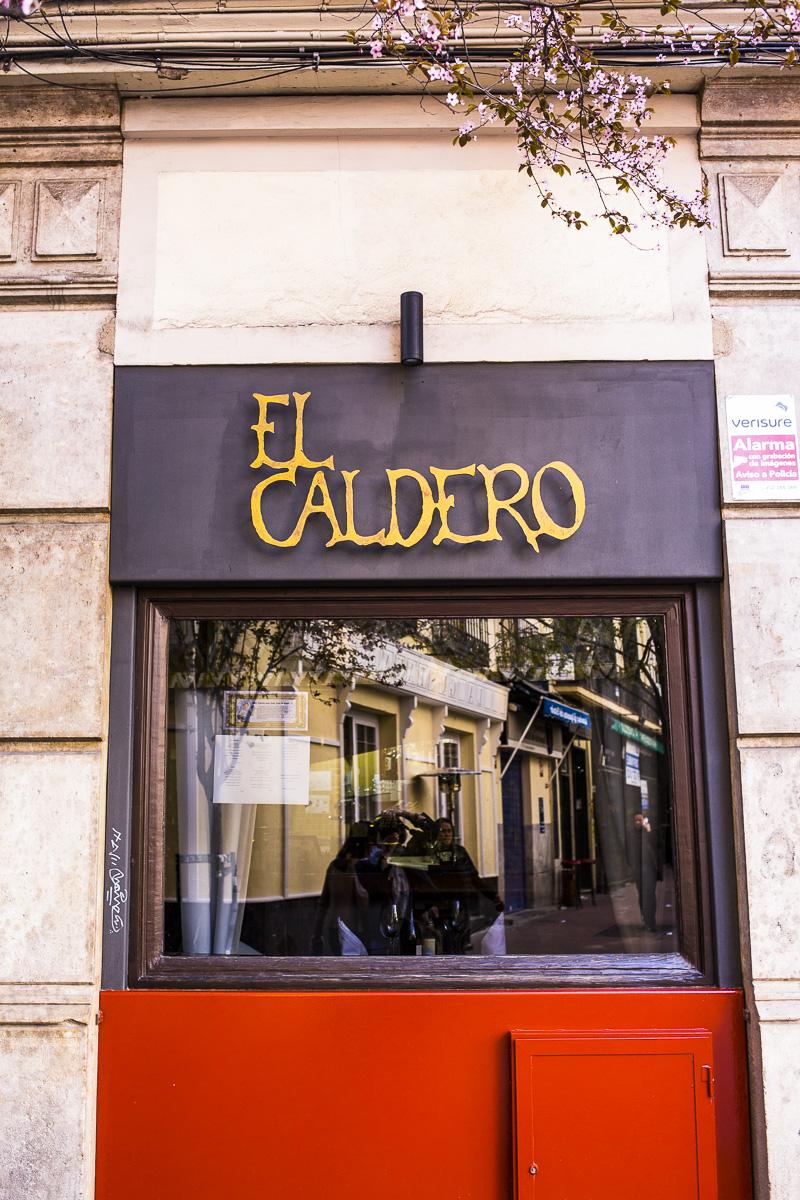 caldero-84